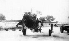 Mig-21PFM, numerado como C-50, averiado por fuego antiáereo de la UNITA el 20 de octubre de 1983, cerca de Luau. Su piloto, el Cap. Henry Pérez, se catapultó y fue rescatado.